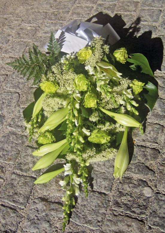Bårebuket   Birthes Blomster