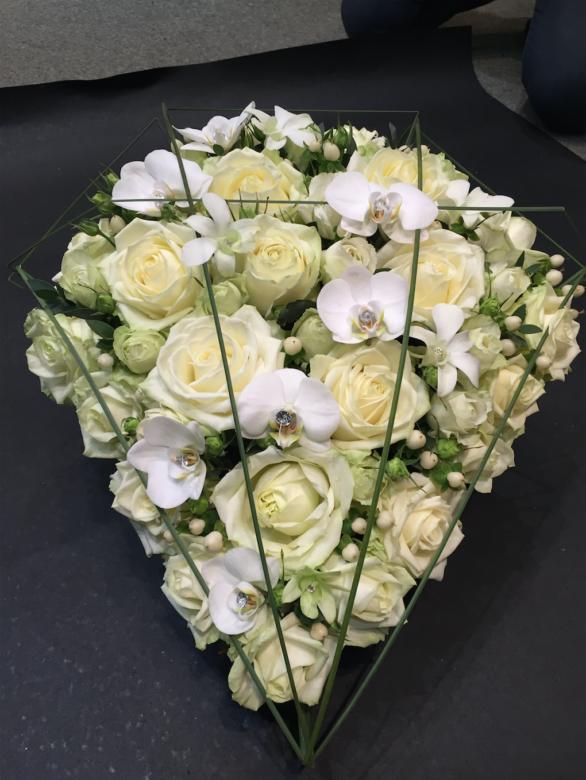 Diramant begravelse | Birthes Blomster Herning